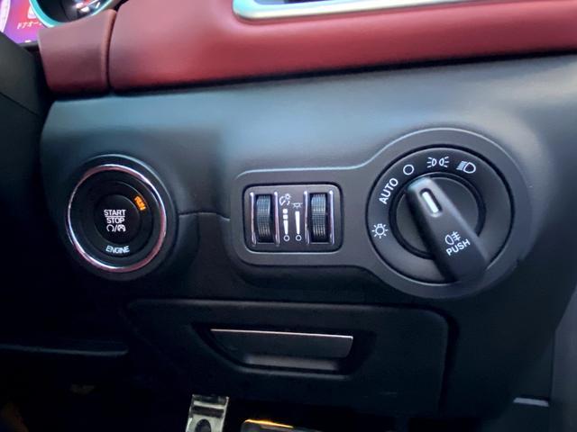 S ギブリS ガラスサンルーフ 純正20インチホイール赤革シート バックカメラ フルセグ 可変バルブリモコン付き レッドキャリパー 右H シートヒーター(42枚目)