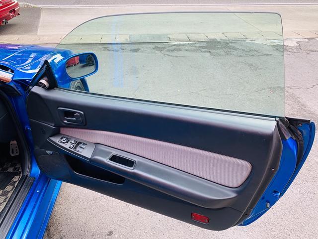 25GTターボ ・GT-Rタイプフルエアロ&F/Rオーバーフェンダー&GT-Rタイプリアスポイラー&カーボントランク・社外18インチホイール・インタークーラー&オイルクーラー&ラジエター・TEIN車高調・社外マフラー(28枚目)