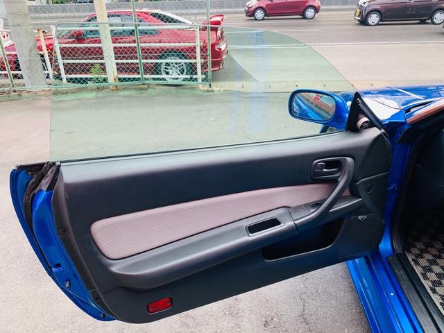 25GTターボ ・GT-Rタイプフルエアロ&F/Rオーバーフェンダー&GT-Rタイプリアスポイラー&カーボントランク・社外18インチホイール・インタークーラー&オイルクーラー&ラジエター・TEIN車高調・社外マフラー(29枚目)