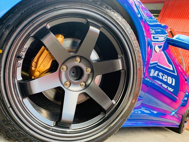 25GTターボ ・GT-Rタイプフルエアロ&F/Rオーバーフェンダー&GT-Rタイプリアスポイラー&カーボントランク・社外18インチホイール・インタークーラー&オイルクーラー&ラジエター・TEIN車高調・社外マフラー(31枚目)