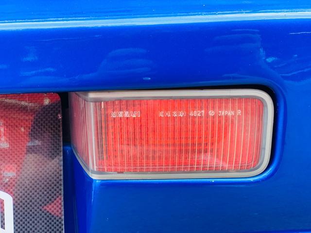 25GTターボ ・GT-Rタイプフルエアロ&F/Rオーバーフェンダー&GT-Rタイプリアスポイラー&カーボントランク・社外18インチホイール・インタークーラー&オイルクーラー&ラジエター・TEIN車高調・社外マフラー(32枚目)