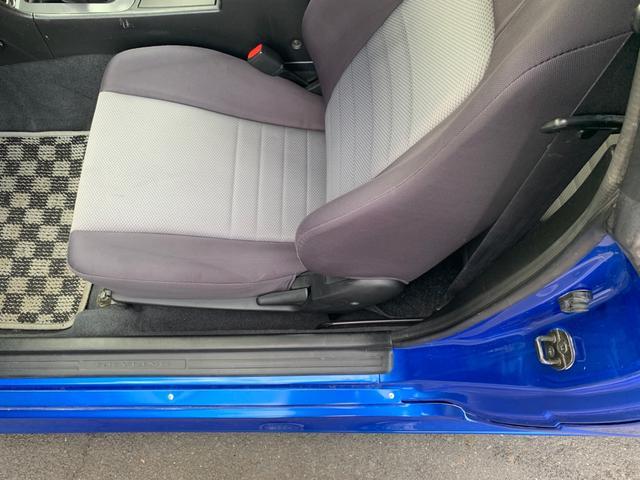 25GTターボ ・GT-Rタイプフルエアロ&F/Rオーバーフェンダー&GT-Rタイプリアスポイラー&カーボントランク・社外18インチホイール・インタークーラー&オイルクーラー&ラジエター・TEIN車高調・社外マフラー(35枚目)