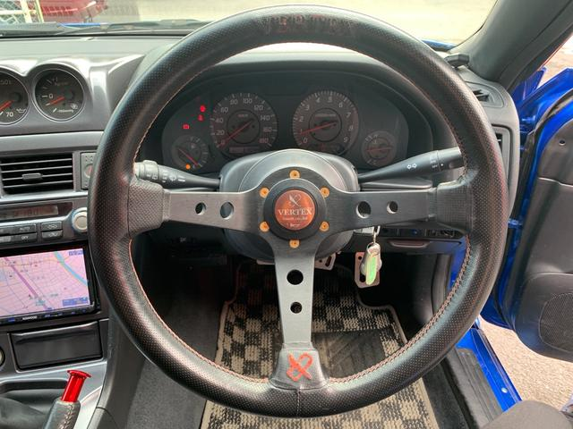 25GTターボ ・GT-Rタイプフルエアロ&F/Rオーバーフェンダー&GT-Rタイプリアスポイラー&カーボントランク・社外18インチホイール・インタークーラー&オイルクーラー&ラジエター・TEIN車高調・社外マフラー(44枚目)