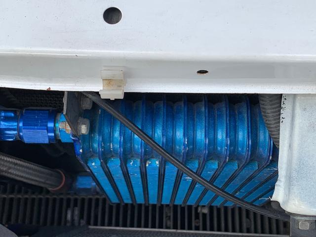 25GTターボ ・GT-Rタイプフルエアロ&F/Rオーバーフェンダー&GT-Rタイプリアスポイラー&カーボントランク・社外18インチホイール・インタークーラー&オイルクーラー&ラジエター・TEIN車高調・社外マフラー(54枚目)