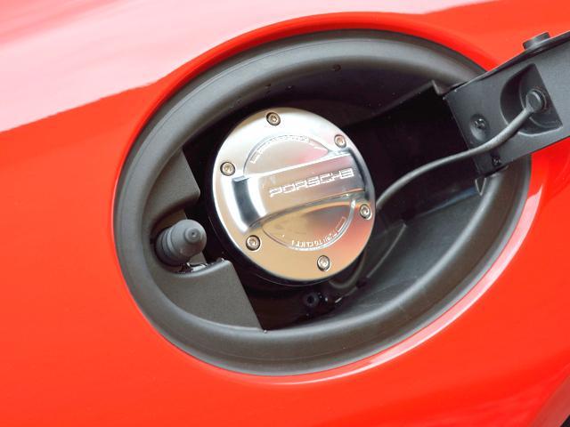 911GT3 6MT Fリフト レザーP カーボンP Clubsport package PTV Red 12 o'clock スポーツクロノ フルバケットシート ミラーカーボン ブラックデザインLEDヘッドライト(21枚目)