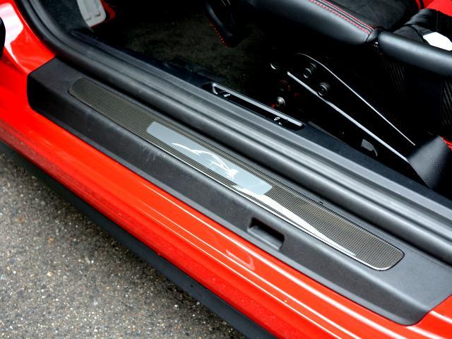 911GT3 6MT Fリフト レザーP カーボンP Clubsport package PTV Red 12 o'clock スポーツクロノ フルバケットシート ミラーカーボン ブラックデザインLEDヘッドライト(28枚目)
