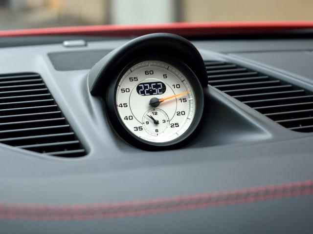 911GT3 6MT Fリフト レザーP カーボンP Clubsport package PTV Red 12 o'clock スポーツクロノ フルバケットシート ミラーカーボン ブラックデザインLEDヘッドライト(36枚目)