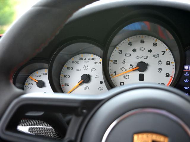 911GT3 6MT Fリフト レザーP カーボンP Clubsport package PTV Red 12 o'clock スポーツクロノ フルバケットシート ミラーカーボン ブラックデザインLEDヘッドライト(37枚目)
