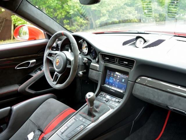 911GT3 6MT Fリフト レザーP カーボンP Clubsport package PTV Red 12 o'clock スポーツクロノ フルバケットシート ミラーカーボン ブラックデザインLEDヘッドライト(41枚目)