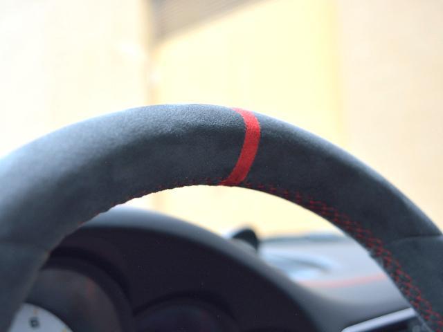 911GT3 6MT Fリフト レザーP カーボンP Clubsport package PTV Red 12 o'clock スポーツクロノ フルバケットシート ミラーカーボン ブラックデザインLEDヘッドライト(44枚目)