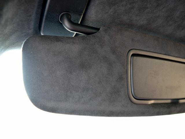 911GT3 6MT Fリフト レザーP カーボンP Clubsport package PTV Red 12 o'clock スポーツクロノ フルバケットシート ミラーカーボン ブラックデザインLEDヘッドライト(46枚目)