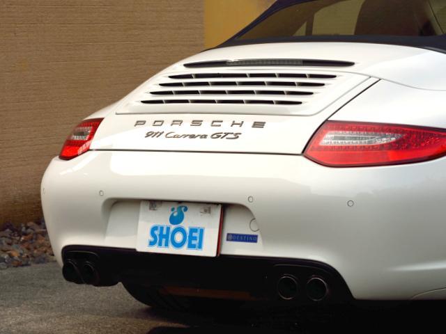 911カレラGTS カブリオレ ワイドボディ パワーアップKIT スポーツエグゾースト センターロックRSホイール BOSEサウンド レザー仕上げインテリア ベンチレーション イルミエントリガード(14枚目)