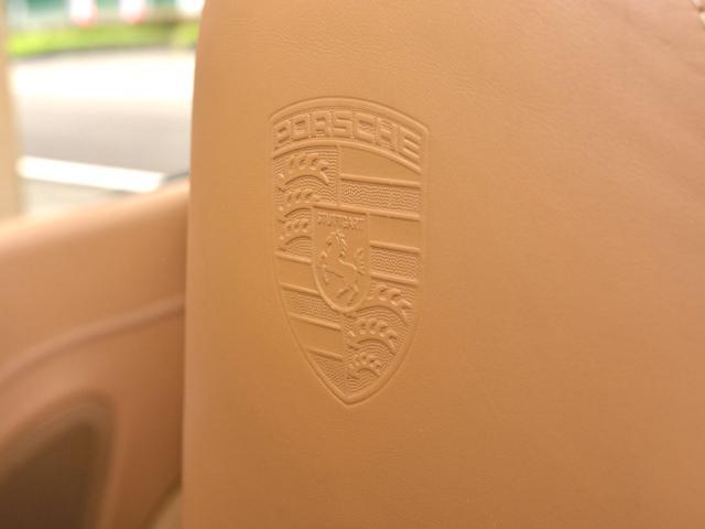 911カレラGTS カブリオレ ワイドボディ パワーアップKIT スポーツエグゾースト センターロックRSホイール BOSEサウンド レザー仕上げインテリア ベンチレーション イルミエントリガード(25枚目)