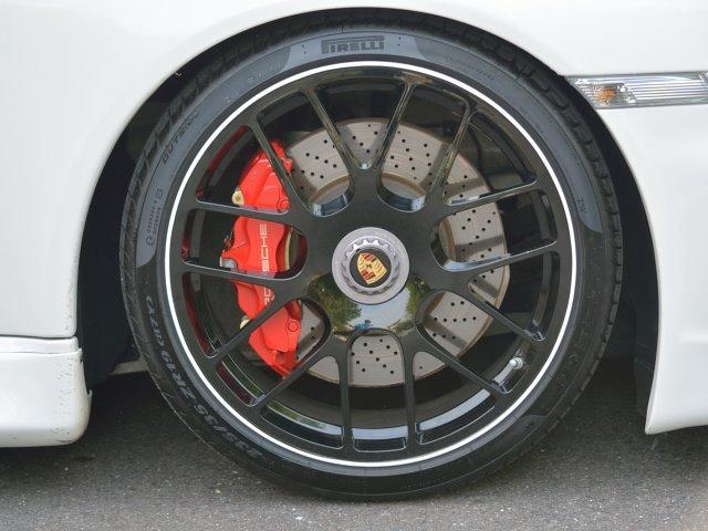 911ターボ カブリオレ TechArtスタイリング エキゾーストパイプ カレラレッドナチュラルレザー 19インチセンターロックAW スポーツクロノ RUFコイルスプリングキット アダプティブスポーツシート プロテクフイルム(8枚目)