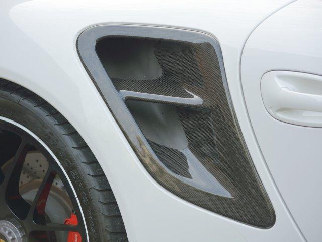 911ターボ カブリオレ TechArtスタイリング エキゾーストパイプ カレラレッドナチュラルレザー 19インチセンターロックAW スポーツクロノ RUFコイルスプリングキット アダプティブスポーツシート プロテクフイルム(13枚目)