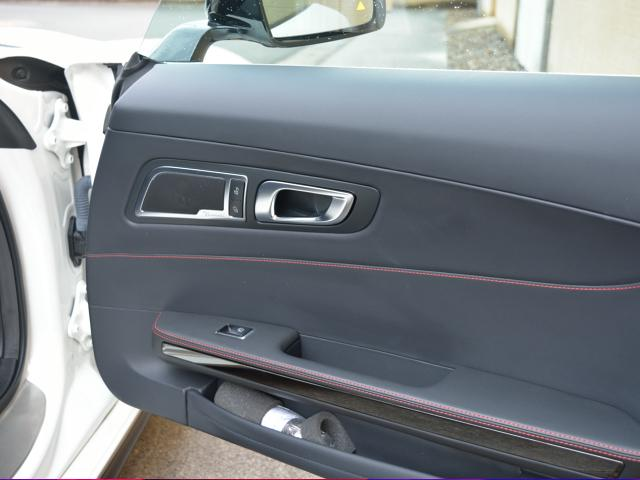 S S(2名) エディション1 国内限定75台 Edition1専用エアロパーツ カーボンファイバールーフ AMGパフォーマンスシート マットブラックペイント19/20インチクロススポークアルミホイール(25枚目)