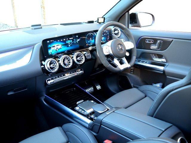 GLA45 S 4マチック+ ワンオーナー 70K AMGアドバンスドPKG AMGパフォーマンスPKG パノラマスライディングルーフ パタゴニアレッド(メタリックペイント)有償OP 純正ドラレコF&R レーザーレーダー(39枚目)
