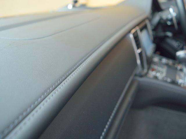 4S 右H スポーツエグゾースト Sクロノ 20インチAW ソフトクローズドア BOSE デコラティブ・インレーレザーP PアシストF&R+リアルT LEDヘッドライト ヘッドレスト エア・サス E%D(30枚目)
