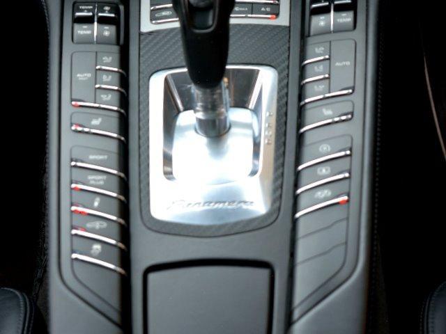 4S 右H スポーツエグゾースト Sクロノ 20インチAW ソフトクローズドア BOSE デコラティブ・インレーレザーP PアシストF&R+リアルT LEDヘッドライト ヘッドレスト エア・サス E%D(32枚目)