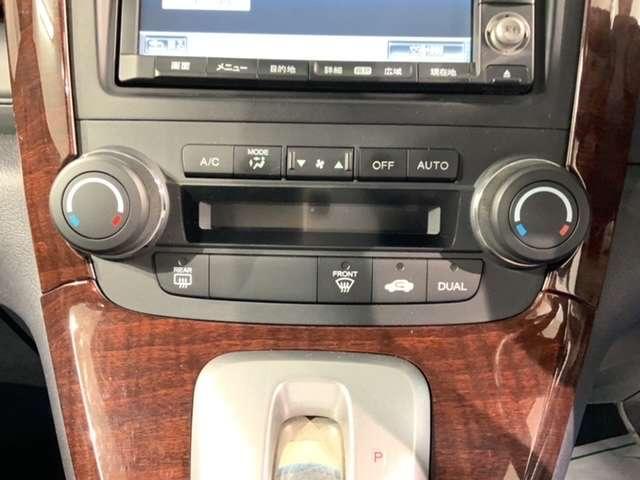 ZL HDDナビアルカンターラスタイル 黒内装 純正ナビ CD録音 コンビシート HID AUTOライト 左右独立オートエアコン(14枚目)