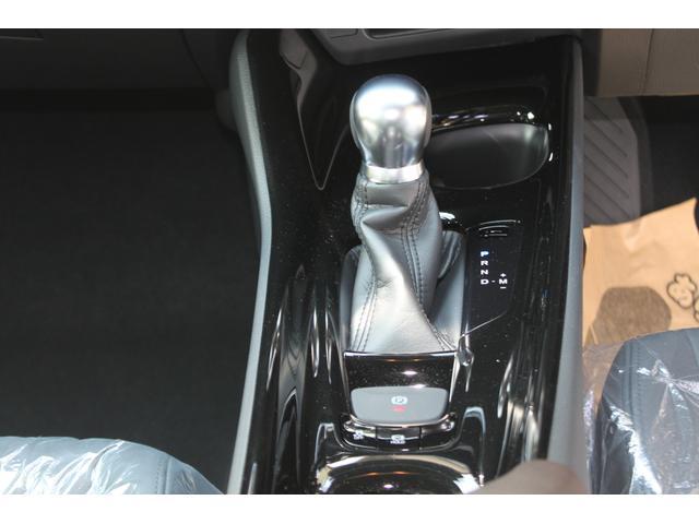 トヨタ C-HR G-T シーケンシャルウインカー レザーシート Bカメラ