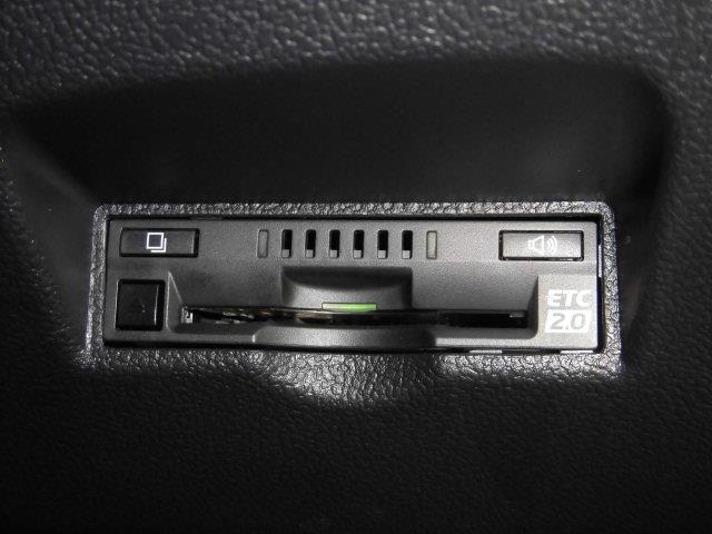S サンルーフ フルセグ メモリーナビ DVD再生 ミュージックプレイヤー接続可 バックカメラ 衝突被害軽減システム ETC ドラレコ LEDヘッドランプ フルエアロ 記録簿 アイドリングストップ(12枚目)
