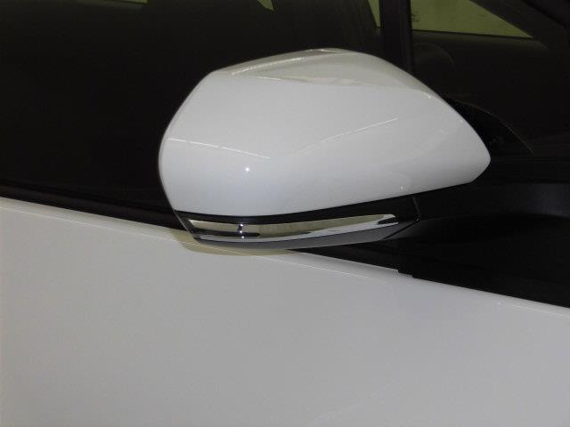 S フルセグ メモリーナビ DVD再生 ミュージックプレイヤー接続可 バックカメラ 衝突被害軽減システム ETC ドラレコ LEDヘッドランプ 記録簿 アイドリングストップ(8枚目)