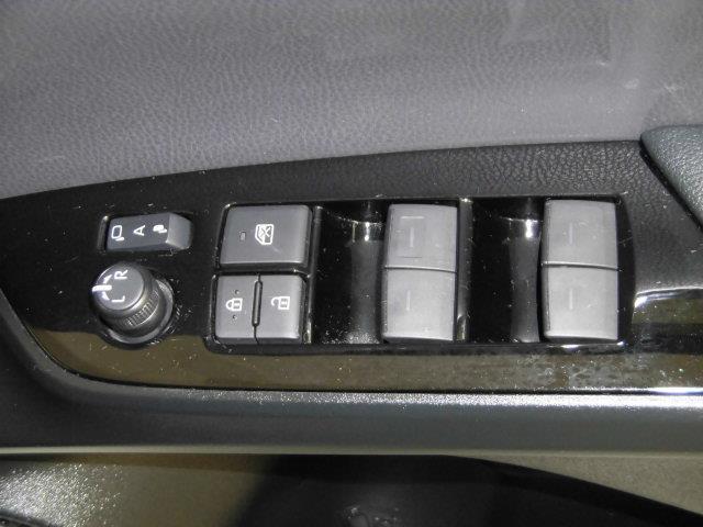 S フルセグ メモリーナビ DVD再生 ミュージックプレイヤー接続可 バックカメラ 衝突被害軽減システム ETC ドラレコ LEDヘッドランプ アイドリングストップ(27枚目)