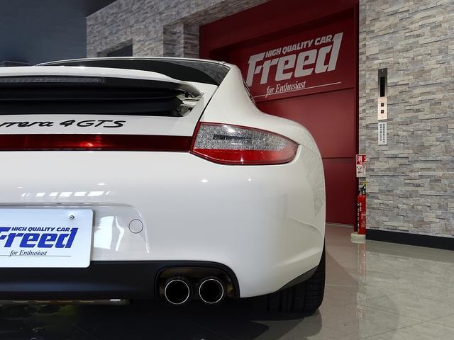 911カレラ4GTS 既存客様買取車 ワンオーナー 禁煙車 スポーツクロノパッケージ 純正フロントスポイラー 19AW PASM スポーツエグゾースト シートヒーター オートエアコン 地デジTV GPSレーダー(7枚目)