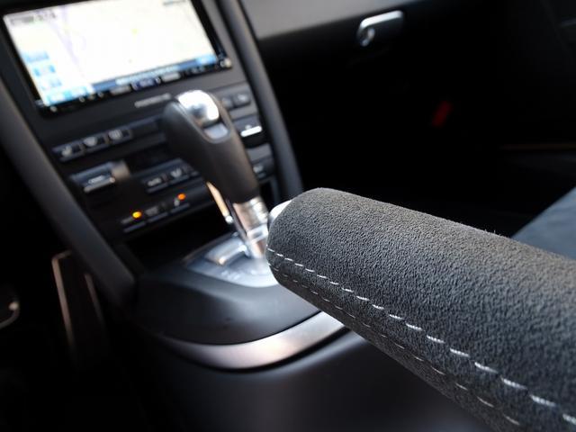 911カレラ4GTS 既存客様買取車 ワンオーナー 禁煙車 スポーツクロノパッケージ 純正フロントスポイラー 19AW PASM スポーツエグゾースト シートヒーター オートエアコン 地デジTV GPSレーダー(13枚目)