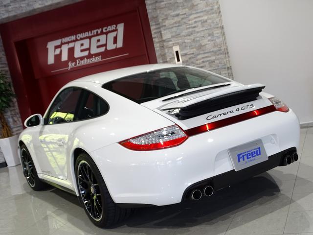 911カレラ4GTS 既存客様買取車 ワンオーナー 禁煙車 スポーツクロノパッケージ 純正フロントスポイラー 19AW PASM スポーツエグゾースト シートヒーター オートエアコン 地デジTV GPSレーダー(34枚目)