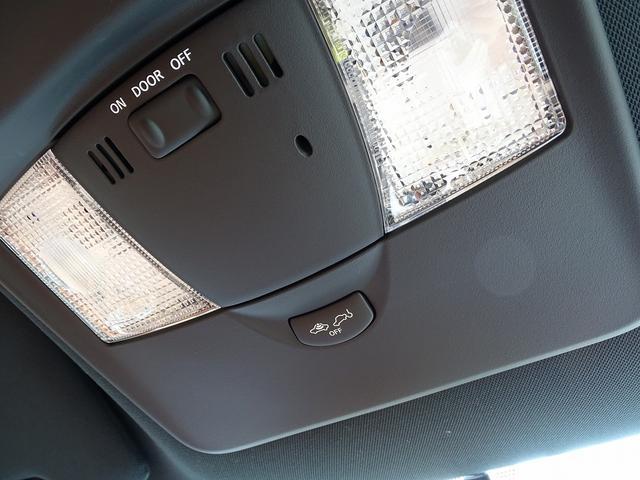 プレミアムエディション 18年モデル ワンオーナー ファッショナブルインテリア BOSEサウンド 純正20AW サッチャム準拠防盗システム チタン合金マフラー プライバシーガラス フロアマットプレミアム黒(53枚目)