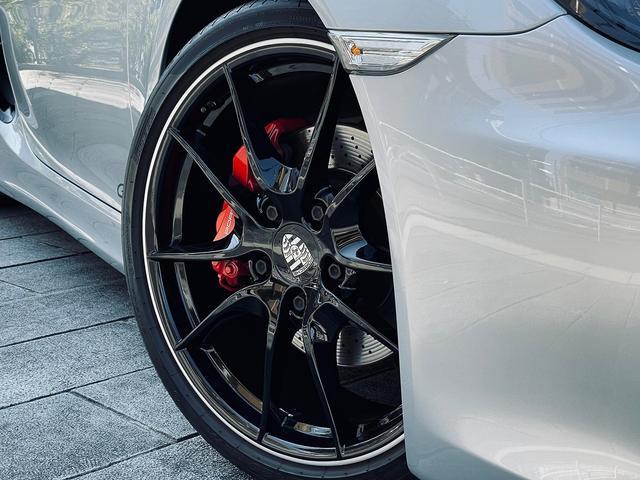 GTS 1オーナー 981型 左ハンドル スポーツクロノパッケージ スポーツエグゾースト レザーインテリア アダプティブスポーツシート BOSEサウンド エクステリアパッケージ シートヒーター バックモニター(7枚目)