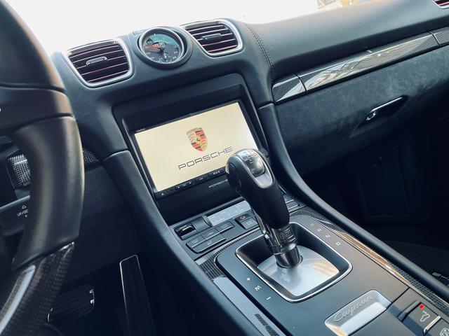 GTS 1オーナー 981型 左ハンドル スポーツクロノパッケージ スポーツエグゾースト レザーインテリア アダプティブスポーツシート BOSEサウンド エクステリアパッケージ シートヒーター バックモニター(12枚目)