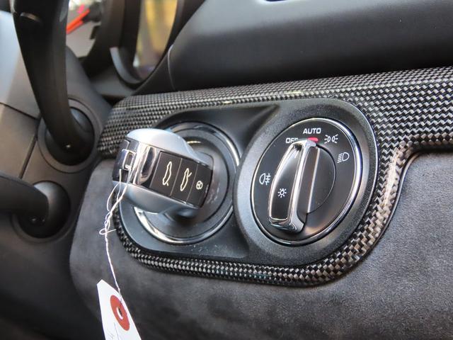 GTS スポーツクロノ スポーツエグゾースト PASM ブラック塗装カレラSホイール レッドキャリパー カーボンインテリア PDLS付ヘッドライト バックカメラ GTSコミュニケーションパッケージ ETC(49枚目)