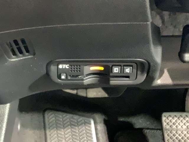 ハイブリッドZ・ホンダセンシング 純正8インチナビ Bluetooth HDMI USB DVD 1オナ クルーズコントロール 地デジ アイドリングストップ シートヒーター ナビTV ETC メモリーナビ アルミ 盗難防止システム(17枚目)