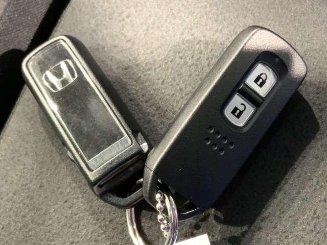 Lホンダセンシング 試乗車 ナビ VXM-214VFi Bluetooth USB DVD アルミ ナビTV 禁煙 衝突被害軽減B フルセグ LEDヘッド スマートキー ETC シートヒーター メモリーナビ クルコン(16枚目)