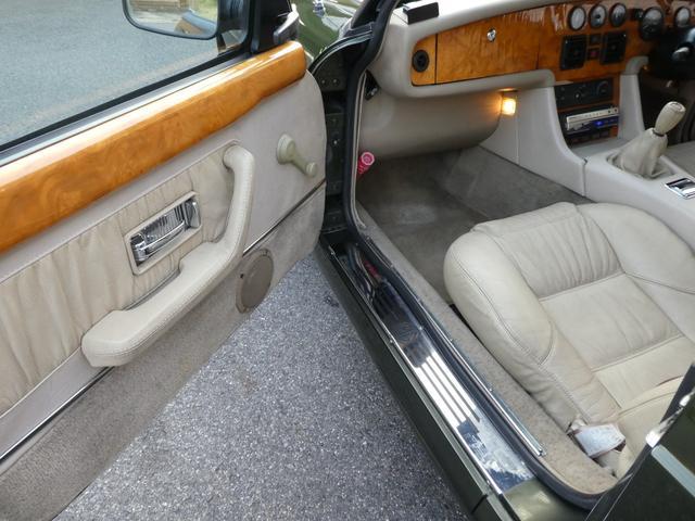 「MG」「MG RV8」「オープンカー」「愛知県」の中古車15