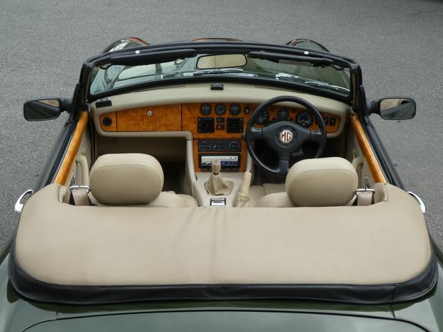 「MG」「MG RV8」「オープンカー」「愛知県」の中古車35