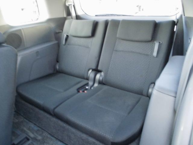 収納式サードシート!