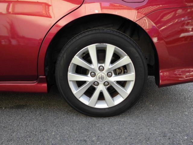 タイヤも4本共に同じくらいの溝です!