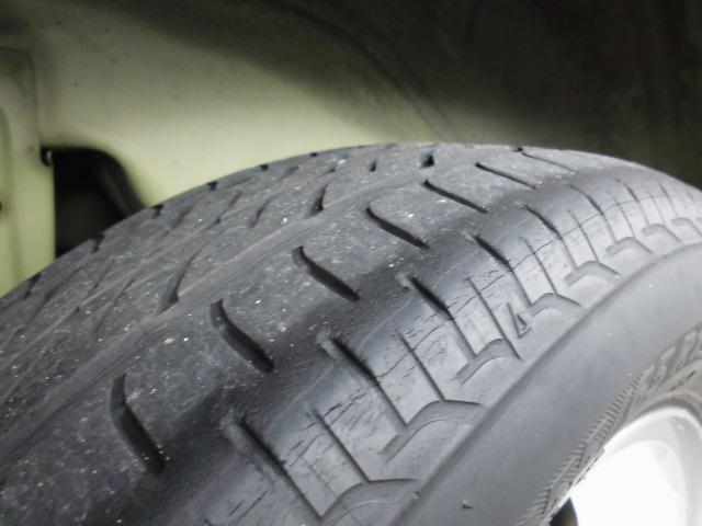 深い溝のあるタイヤは気持ちいい!