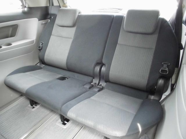 サードシートはただ付いてますとはわけが違う広々シート!
