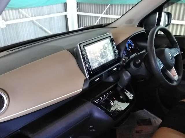 SRSデュアル&サイド・カーテン(運転席・助手席)エアバック/EBD機能付ABS/ASC(横滑り防止&トラクションコントロール)