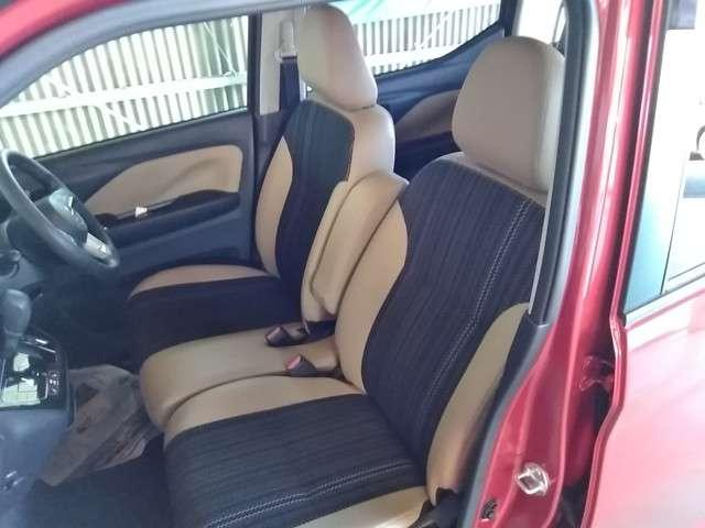 【メーカーOP】プレミアムインテリアパッケージ(本革調コンビシート・ブラック&タン)装着/シートヒーター(運転席・助手席)標準装備