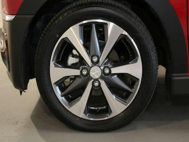 Tターボ 2WD 先進安全&快適パッケージ 9インチ純正ナビ(7枚目)