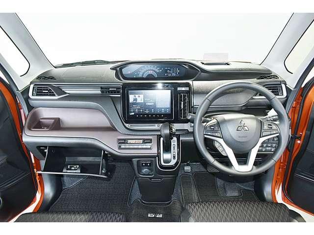 カスタムハイブリッドMV全方位カメラ付ナビパッケージ 2WD ・スマートフォン連携9インチナビ・マルチアラウンドモニター・ヘッドアップディスプレイ・LEDヘッド&ポジション+LEDフォグ・両側電動スライドドア・両席シートヒーター・パーキングソナー・(10枚目)