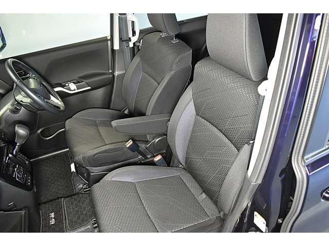 カスタムハイブリッドSV 全方位カメラパッケージ 2WD ・CDステレオ・パドルシフト・両側電動スライドドア・両席シートヒーター・LEDヘッドライト+LEDフォグランプ・nano-e搭載フルオートエアコン・シートバックテーブル・ロールサンシェード(12枚目)