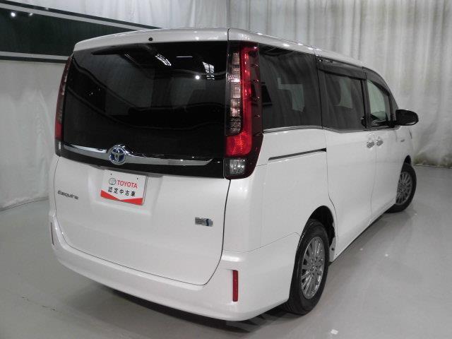 「トヨタ」「エスクァイア」「ミニバン・ワンボックス」「愛知県」の中古車3