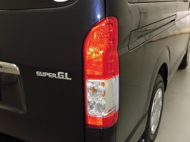 スーパーGL ダークプライム 4WD バックカメラ 衝突被害軽減システム LEDヘッドランプ ディーゼル(7枚目)